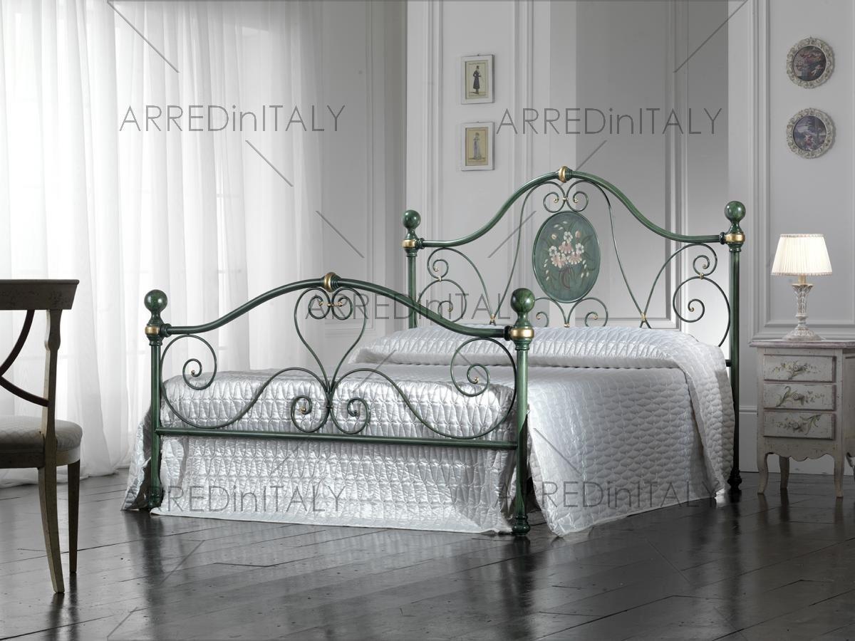 ARR026 Prodotto Made in Italy Letto Matrimoniale in Ferro Colore Verde DECAPE con PEDIERA PREDISPOSTO per Rete con Piedini 160 X 190 CM Non Inclusa