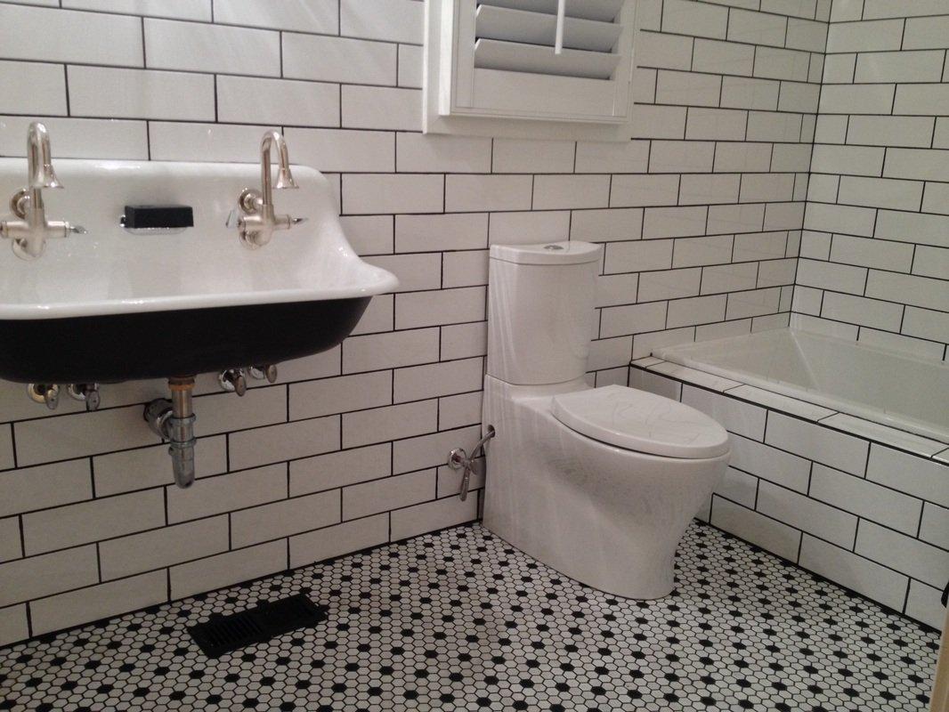 White Ceramic Subway Tile 4'' X 12'' (Box of 10 Sqft)- Gloss Finish