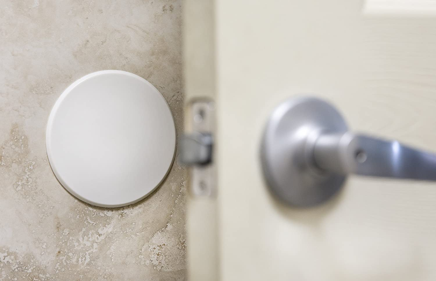 Amazon.com 5  WHITE Door Stop Wall Protector Knob/Handle Guard - SMOOTH Round Self-Adhesive Home Improvement & Amazon.com: 5