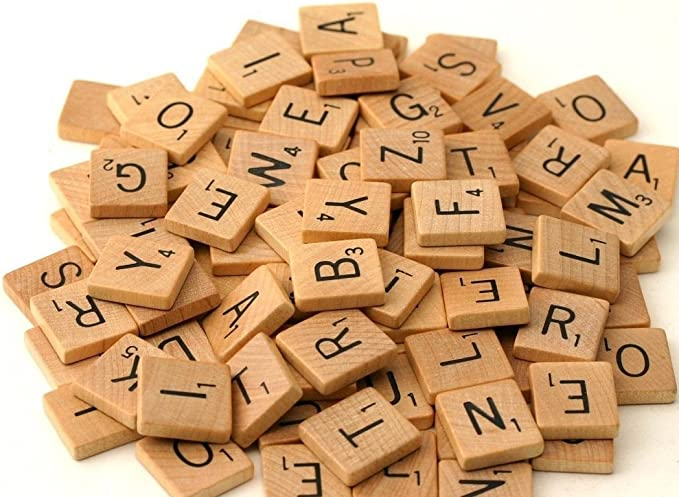500 Wood Scrabble Tiles - NEW Scrabble Letters - Wood Pieces - 5 Complete Sets - Great for Crafts, Pendants, Spelling by Fuhaieec(TM): Amazon.es: Juguetes y juegos