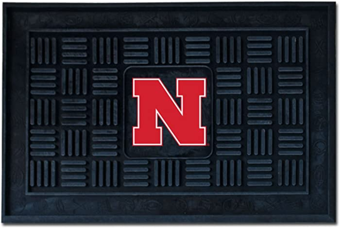 Top 9 Nebraska Cornhuskers Door Decor