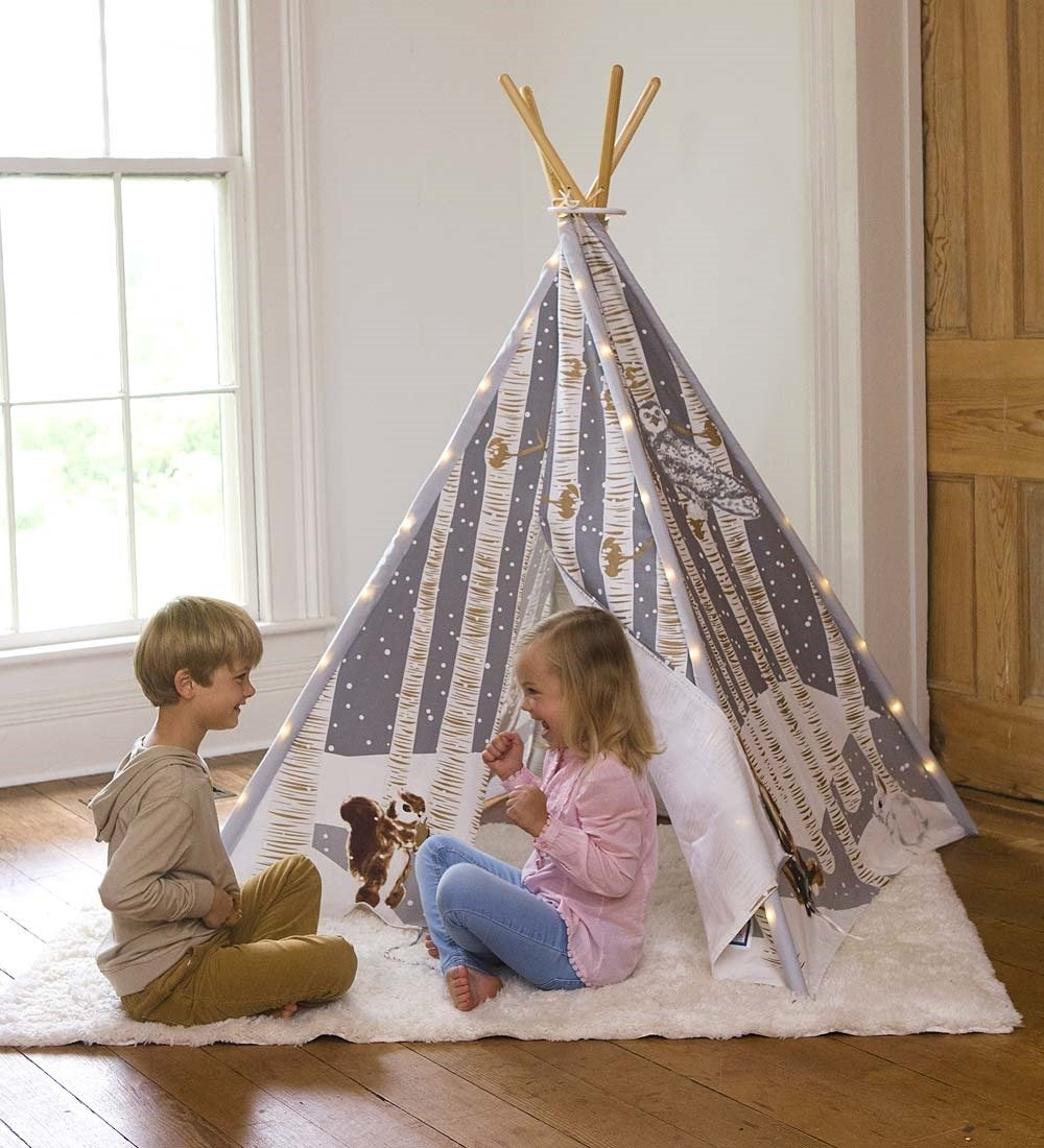Magic Cabin Winter Woodland 4-Pole Teepee