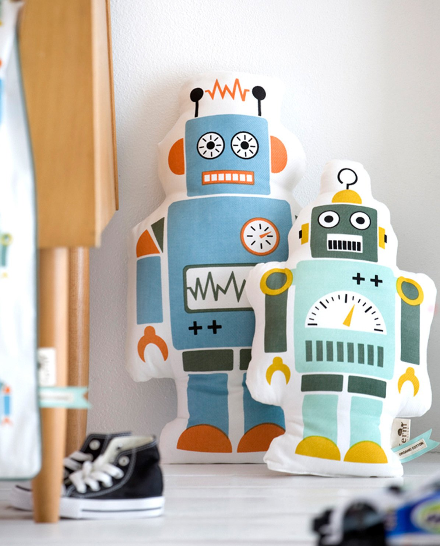 Ferm Living - Cojín Mr. Small Robot: Amazon.es: Hogar