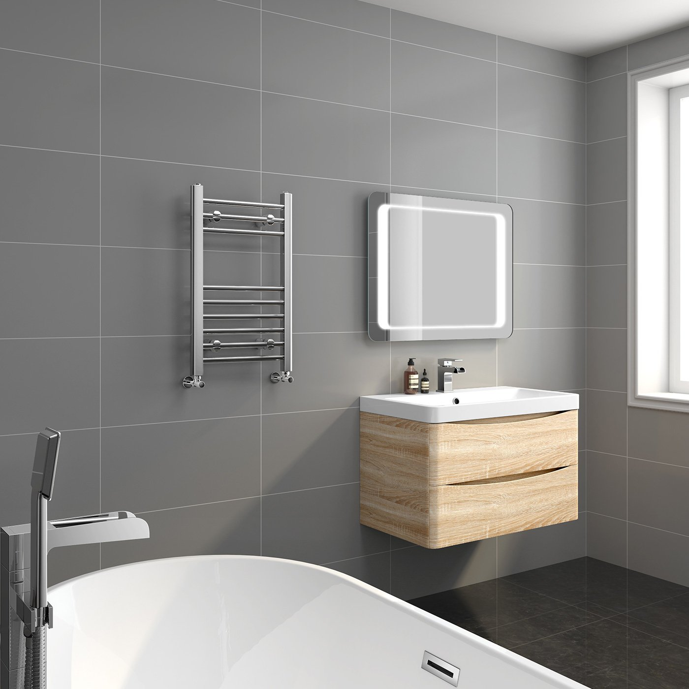iBathUK   650 x 400 Straight Heated Towel Rail Chrome Bathroom Radiator    All Sizes NS650400  iBathUK  Amazon co uk  DIY   Tools. iBathUK   650 x 400 Straight Heated Towel Rail Chrome Bathroom