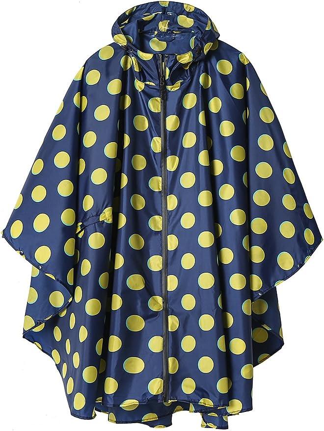 随身携带一件漂亮,轻巧的雨披,出门也不怕说风就是雨的天气了
