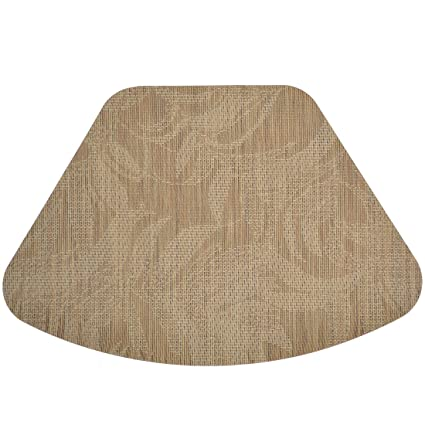 Merveilleux Set Of 2 Tan Tonal Leaf Wipe Clean Wedge Shaped Placemats For Round Tables
