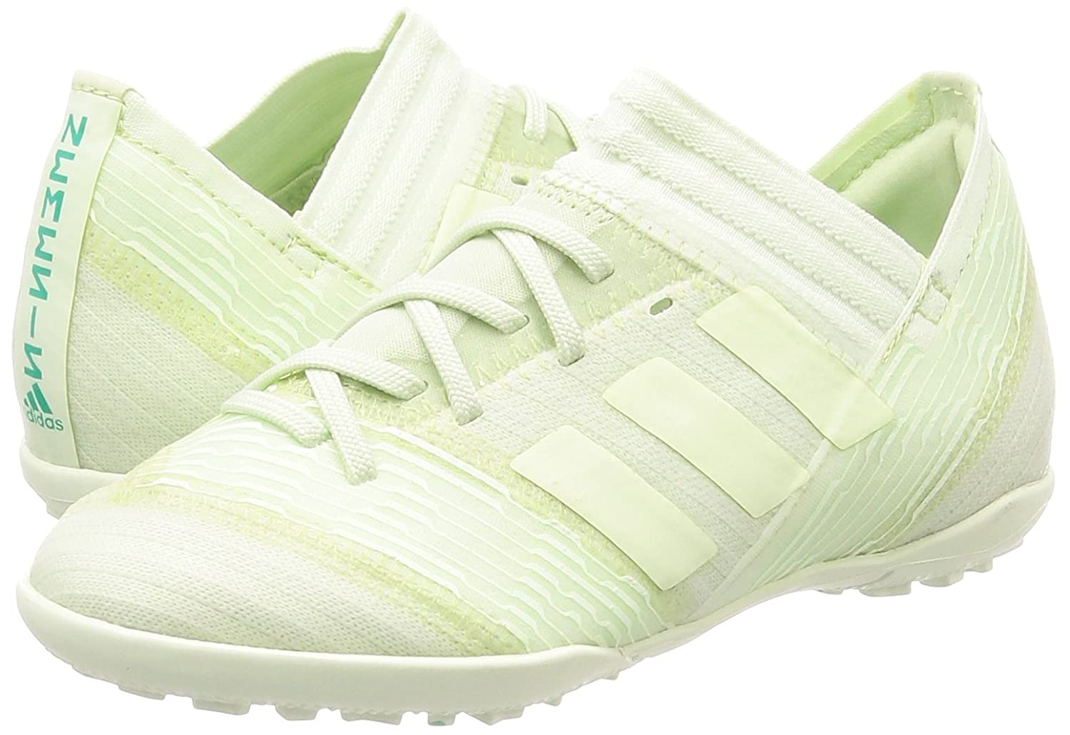 ca7576d0f2be adidas Chaussures Nemeziz Tango 17.3 TF  Amazon.co.uk  Sports   Outdoors