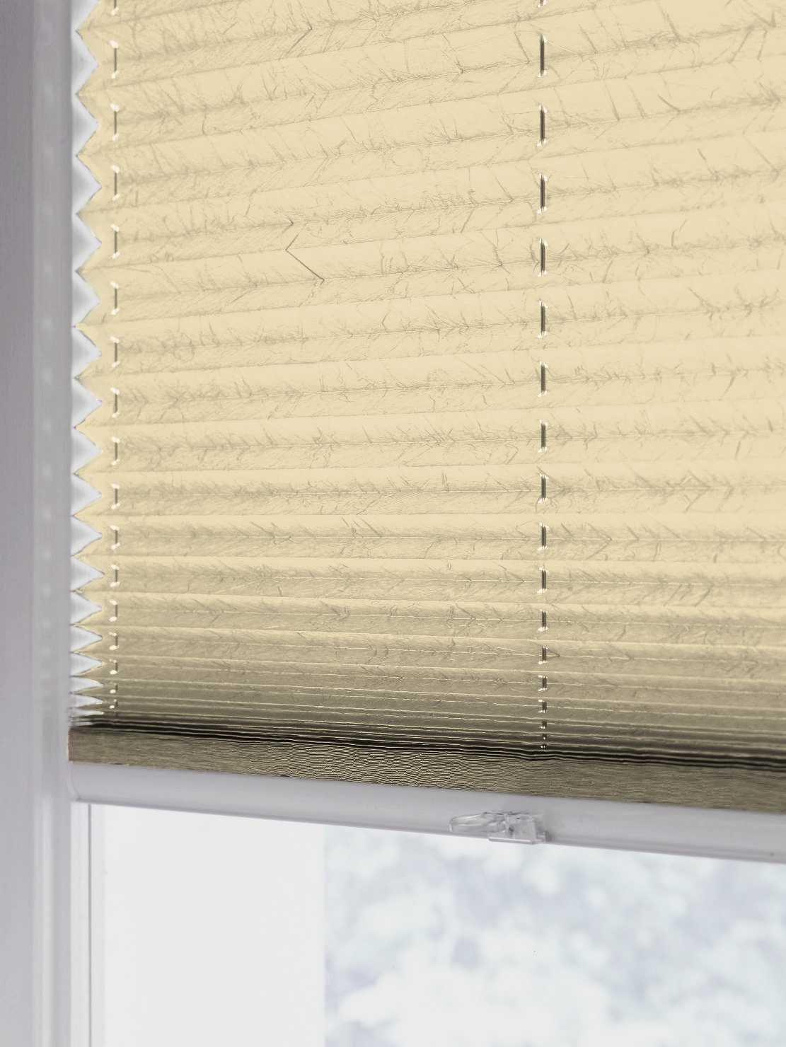 Sun collection Plissee Faltstore, lichtdurchlässig lichtdurchlässig lichtdurchlässig und Blickdicht, Profilfarbe Silber mp (auch mit weißen Profilen erhältlich) B01E7L1BT6 Seitenzug- & Springrollos c879ce