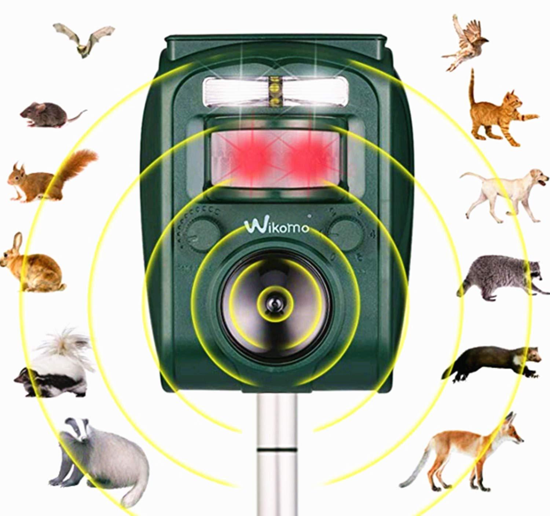 Wikomo Ultrasonic Repeller, Solar Powered Animal Repeller, Motion Sensor and Flashing Light Repeller for Cats, Dogs, Squirrels, Moles, Rats