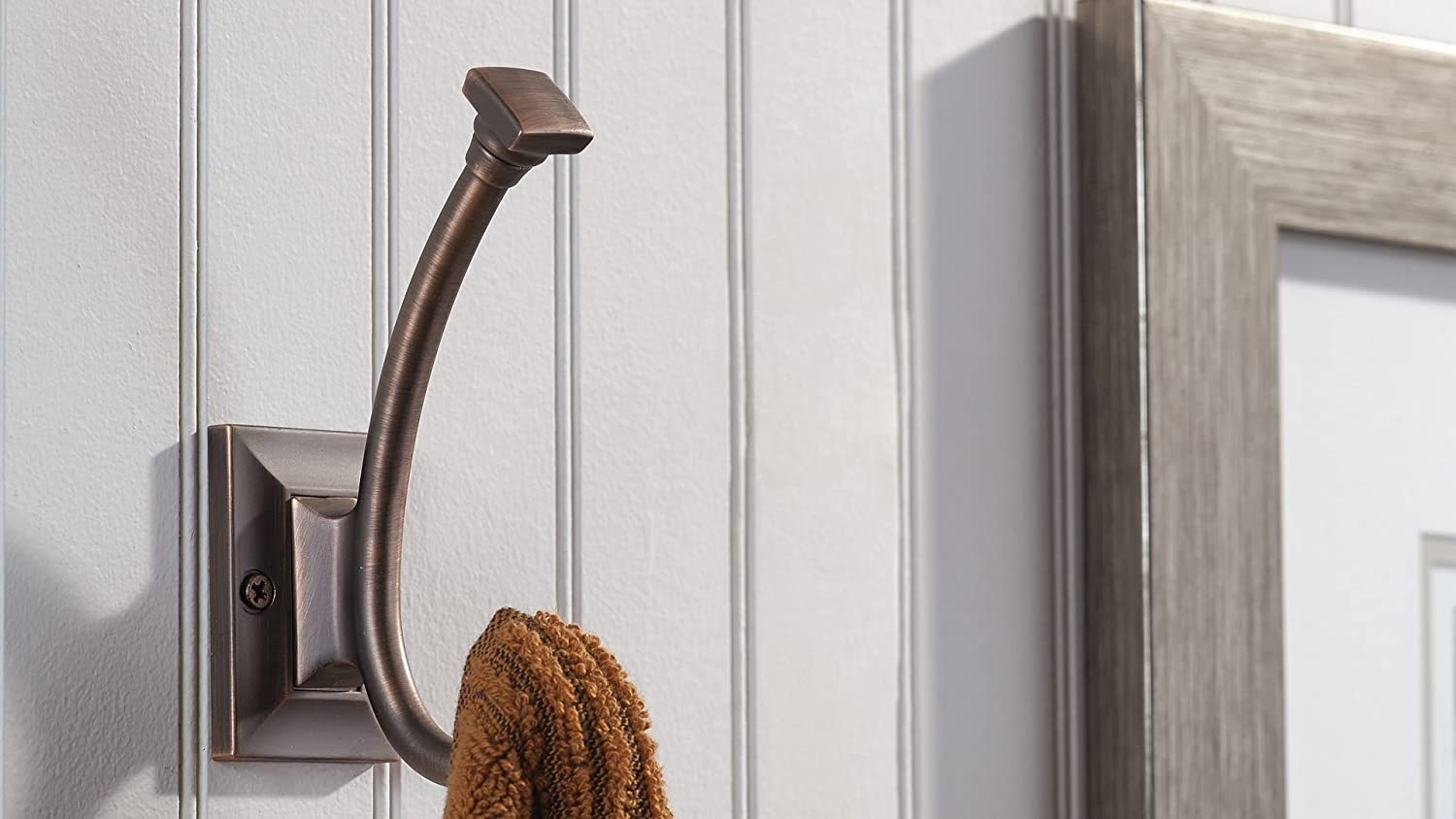 Brushed Oil-Rubbed Bronze Finish Richelieu Hardware RH1243021BORB Transitional Metal Hook