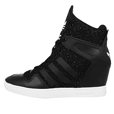 adidas Originals Women s M Attitude Up Black and White Leather Sneakers - 8  UK  Buy Online at Low Prices in India - Amazon.in e9edc1e1c