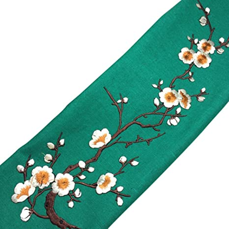 1 Pc Embroidered Plum Blossom Flower Patch Iron//Sew on Applique Motif Craft New.