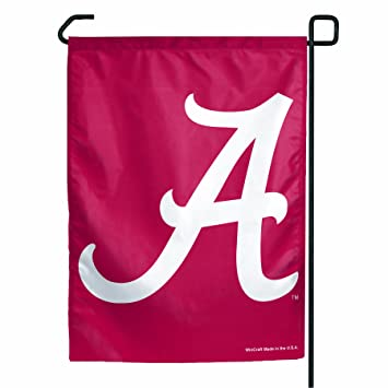 Amazoncom NCAA Alabama Crimson Tide Garden Flag Outdoor Flags