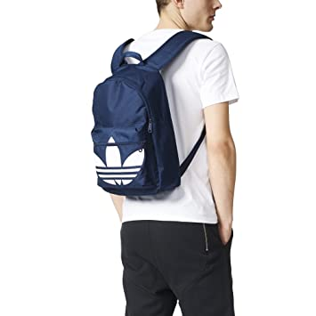 607649de0 adidas AJ8529 Originals Classic Trefoil Backpack, NS, Night Indigo/White:  Amazon.ca: Sports & Outdoors
