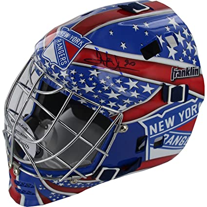 Amazon Com Nhl New York Rangers Henrik Lundqvist Autographed