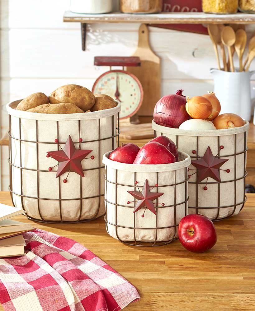 The Lakeside Collection Set of 3 Country Baskets Star & Berry by The Lakeside Collection (Image #1)