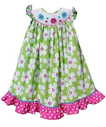 cba53562fc Amazon.com  Kelly Green White Floral Bishop Girls Summer Smocked Dress   Clothing