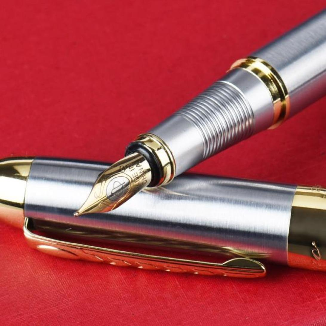 Amazon.com : JinHao 250 Stainless Steel Gold Trim Fountain Pen - Medium :  Office Products