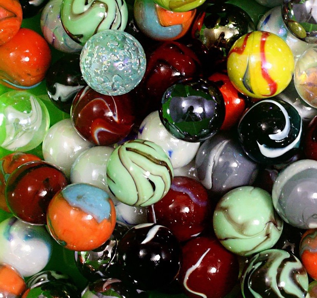 """Unique & Custom {1'' Inch} Set Of 125 Big """"Round"""" Clear & Opaque Marbles Made of Glass for Filling Vases, Games & Decor w/ Creative Bold Modern Artistic Vibrant Shooter Fun Design [Assorted Colors]"""