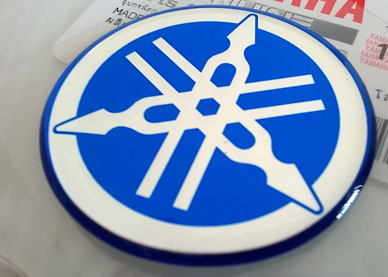 YAMAHA TUNING Emblem Sticker Logo / BLUE - CHROME /More size to select/ BODY GEL Resin Self-adhesive Moto / Jet Ski / ATV / Snowmobile (40mm.) Car Bike decoration