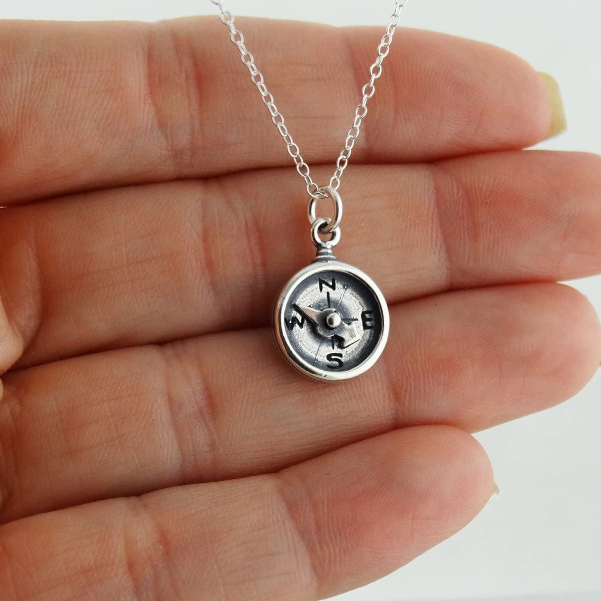 FashionJunkie4Life Sterling Silver Compass Pendant Necklace with Spinning Needle 18 Cable Chain