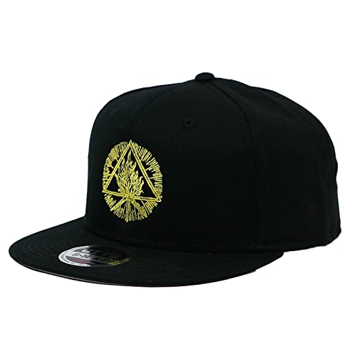 Image Unavailable. Image not available for. Color  King s Road Behemoth  Men s Gold Sigil Snapback Hat Black 028e2d6f34f6