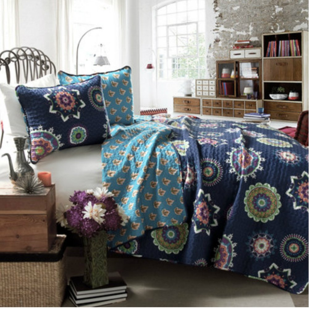 Full / Queen Size Modern Boho Chic Quilt Set in Navy Geometric Patterns - 100% Cotton, 3 Pieces