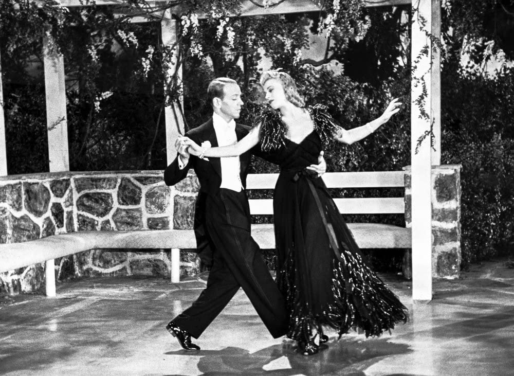 Amazon Com Fred Astaire And Ginger Rogers Dancing In Gazebo Photo Print 30 X 24 Posters Prints