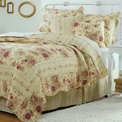 Amazon Cottage Romantic Quilt Set With Shams Floral Roses Print