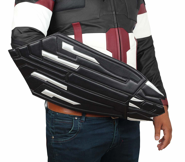 Captain America Men Black Infinity War Shield