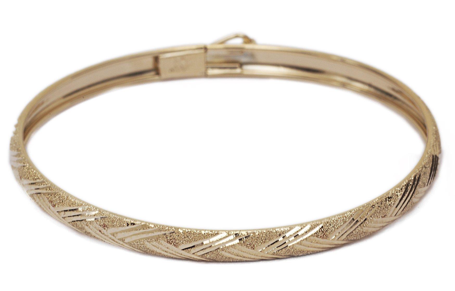 "10k Yellow Gold Kids bangle bracelet Flexible Round with Diamond Cut Design (0.12"")"
