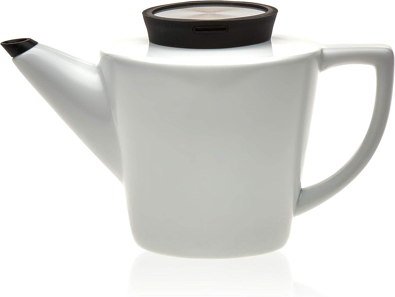 Viva Scandinavia Infusion Teapot Porcelain And Anytime Tea Cup Set 7 75 Ounce Porcelain Teacups 34 Ounce Porcelain Teapot With Stainless Steel Egg Set Of 5 Amazon De Kuche Haushalt
