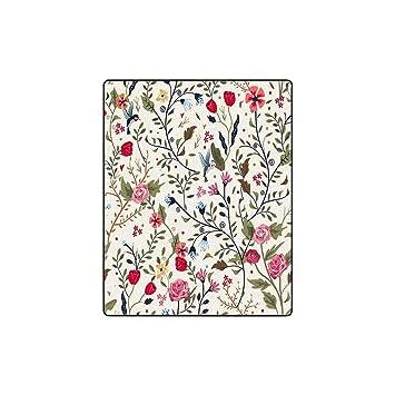 Amazon.com: INTERESTPRINT Cute Little Flower Pattern Fleece ...