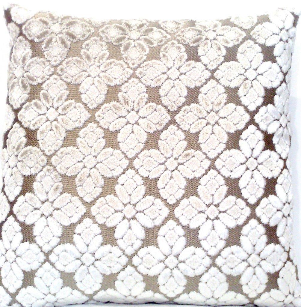 Amazon.com: Designers Guild Pearl Manta Decorativa Funda de ...