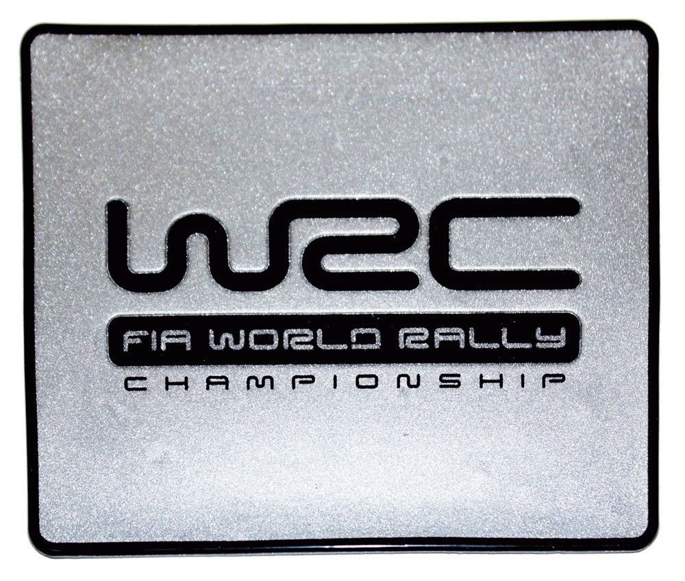 WRC 007389 - Alfombra antideslizante para maletero (15 x 13 cm), color plateado 73241
