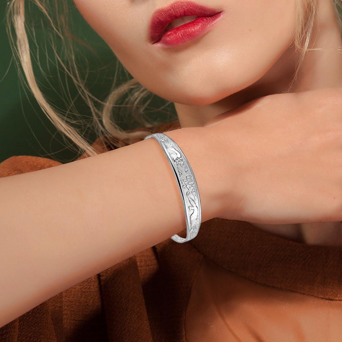 Saicowordist KPOP GOT7 Bracelet de sport en silicone Motif /étoile