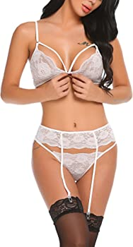 1b30f1a4dab8d Amazon.com  Dickin Strappy Lace Lingerie Set Open Cup Bra Babydoll ...