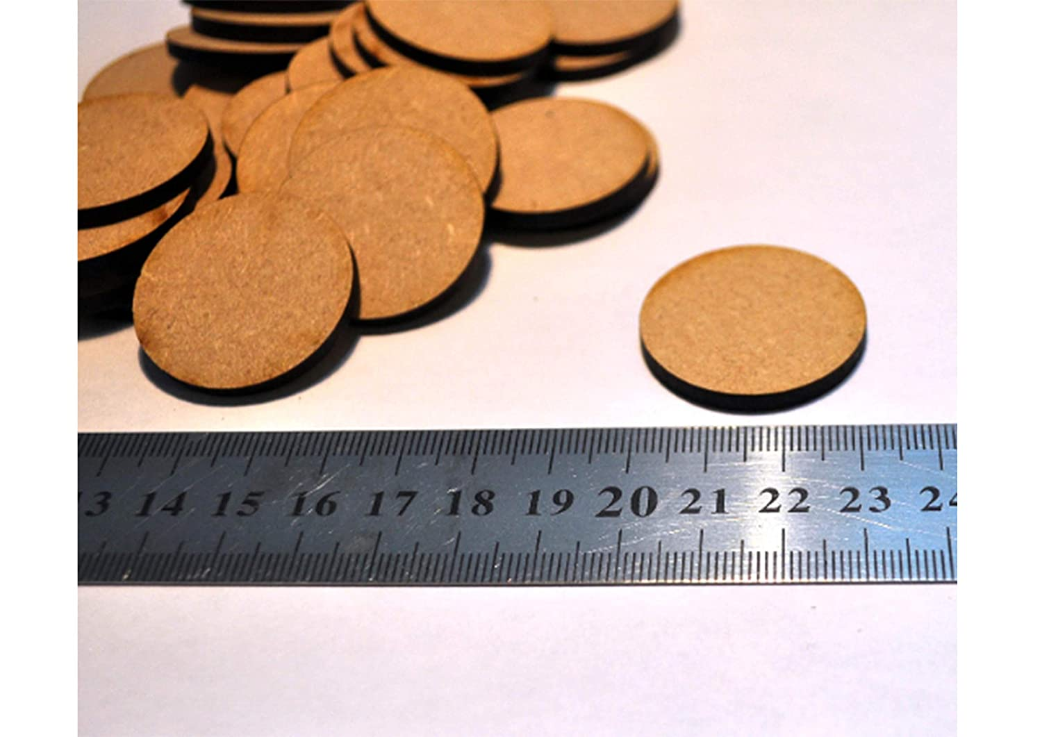 32mm x 32mm wargames mounting figures 50 x circle bases 3mm mdf