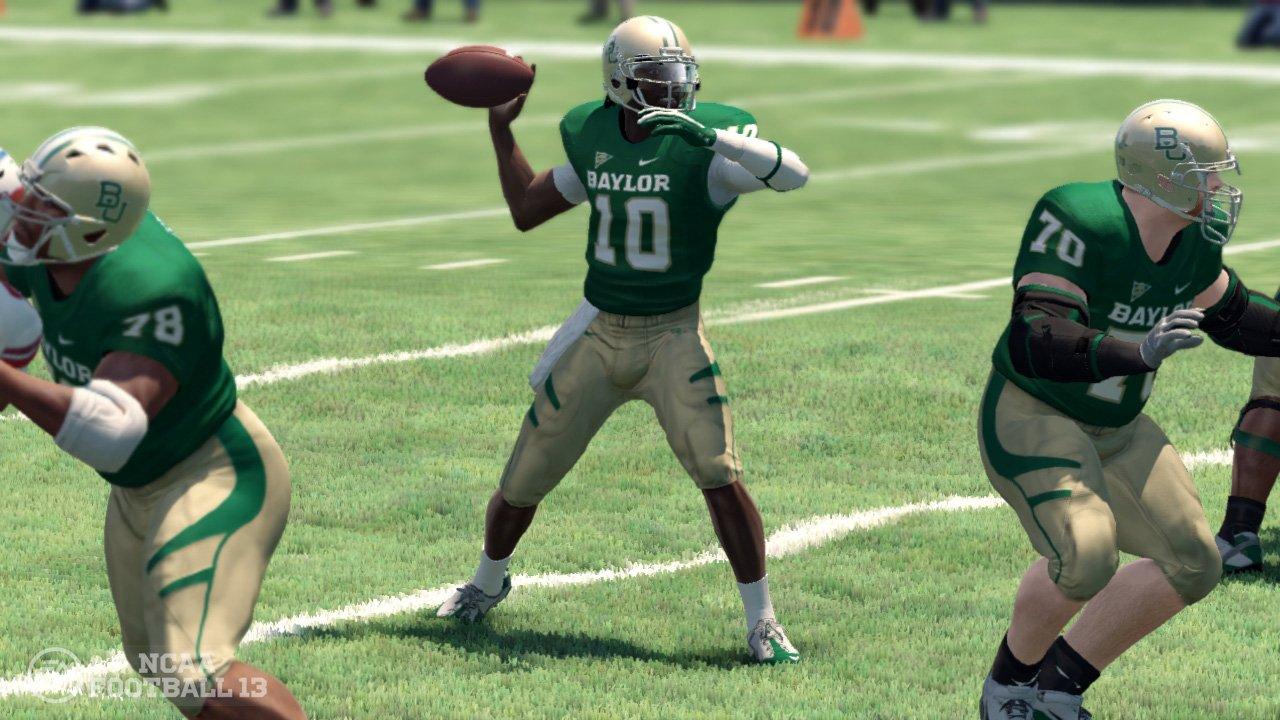 NCAA Football 13 - Xbox 360 by Electronic Arts (Image #9)