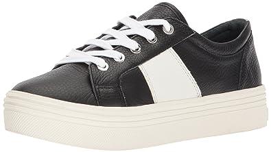 b6f46db10fdf Amazon.com  Dolce Vita Women s Tavina Sneaker  Dolce Vita  Shoes