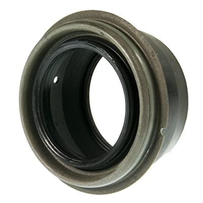 National 710636 Oil Seal: Automotive