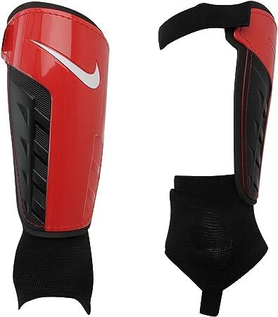 Mil millones Destierro club  Nike Park Shield Shin Pads Black red/black Size:L: Amazon.co.uk: Sports &  Outdoors