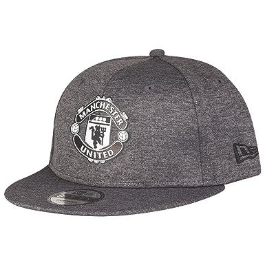 Manchester United 9Fifty Shadow Tech Football Cap - Black  Amazon.co ... b2b12980d8c1