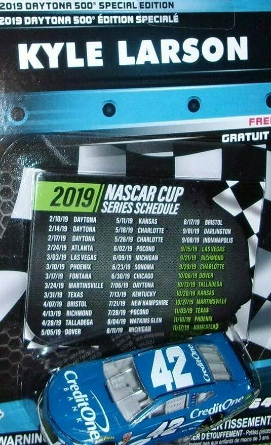 Amazon Com Nascar Authentics 2019 Daytona 500 Speciel Wave Kyle Larson Credit One 1 64 Scale Diecast With Bonus 2019 Cup Schedule Toys Games