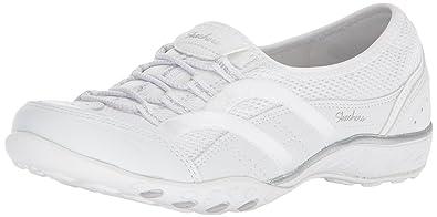 Skechers Damen Breathe Easy-Well Versed Slip on Sneaker, Weiß (White), 35.5 EU