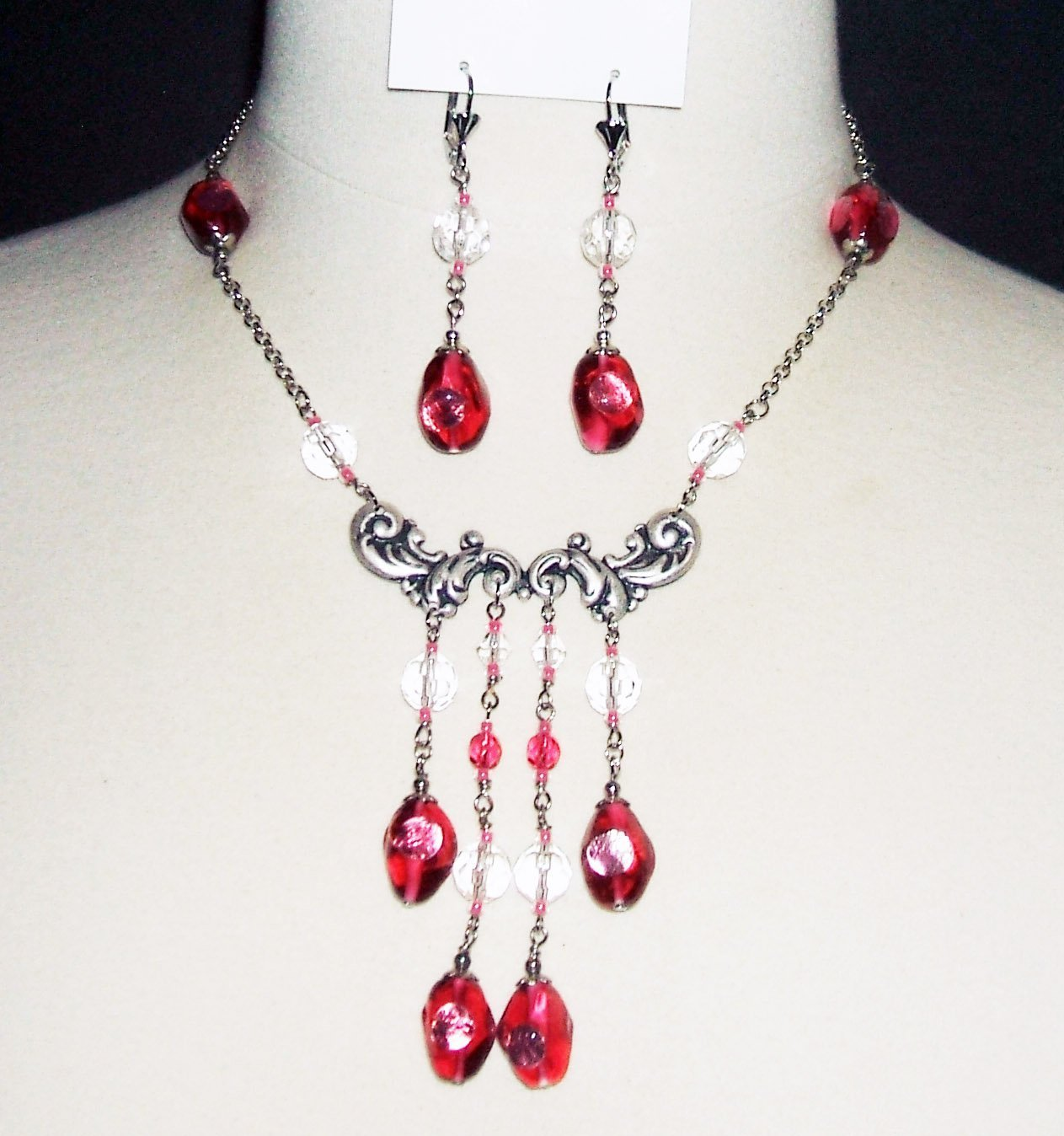 Red statement necklace Bright jewelry set Red roses necklace Festive red and white necklace Beads earring Gift for women Red wedding jewelry
