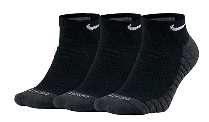 7205defd298d85 Image Unavailable. Image not available for. Color: NIKE 3-Pack Dri Fit Half  Cushion No Show Socks (Large, Black/