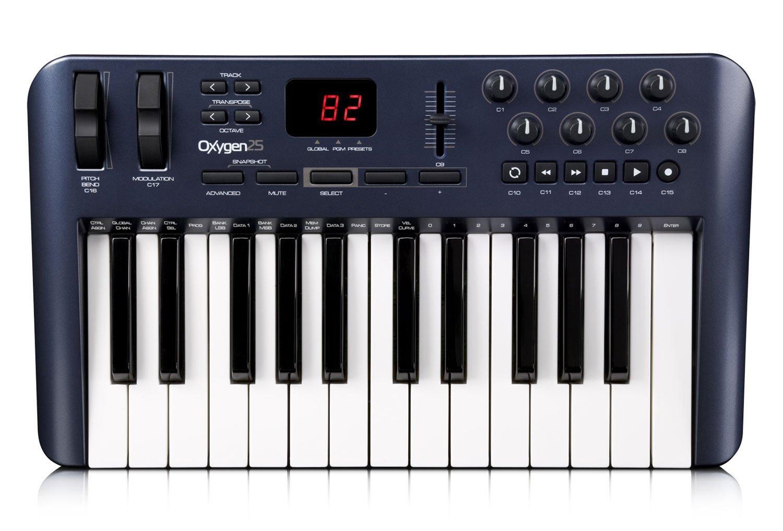【正規品】 M-AUDIO 25鍵盤USB MIDIコントローラー Oxygen 25 OXYGEN25 B002VYJDYW