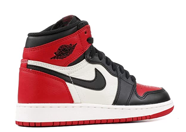 info for 7b2a3 d1eb9 Amazon.com  Air Jordan 1 Retro High OG BG, Bred Toe, Youth Size 4.5  Shoes