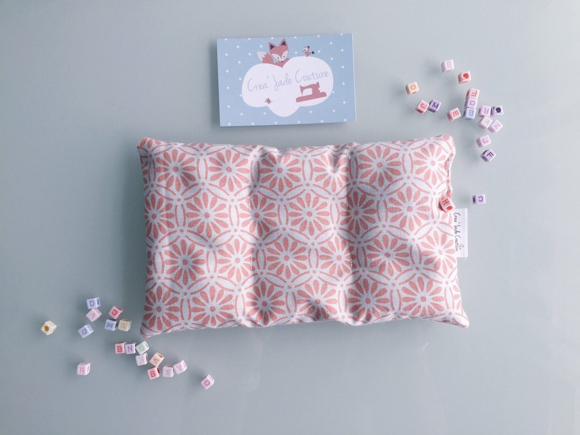 Bouillotte sèche bio motif Rosace rose; à chauffer ou refroidir